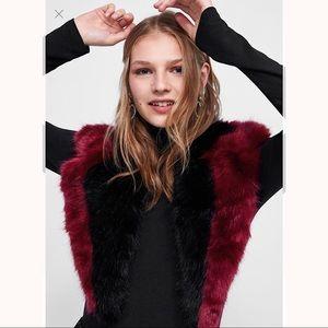 ZARA Faux Fur Scarf Burgundy 4373/251